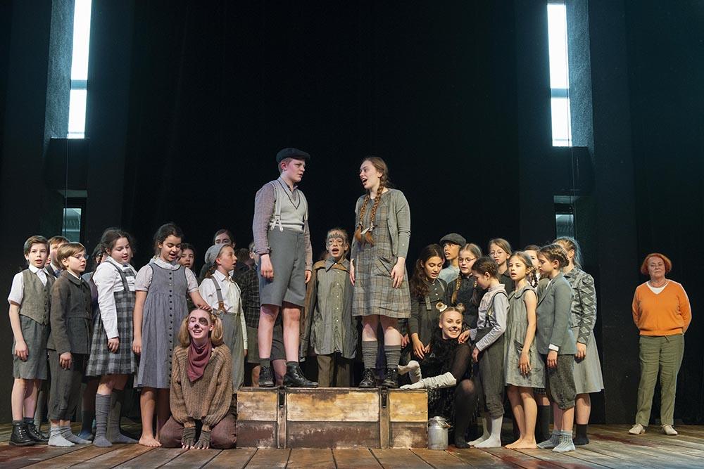 Der Kinder- und Jugendchor des Theater Bonn – ohne Unterstützung geht es nicht!