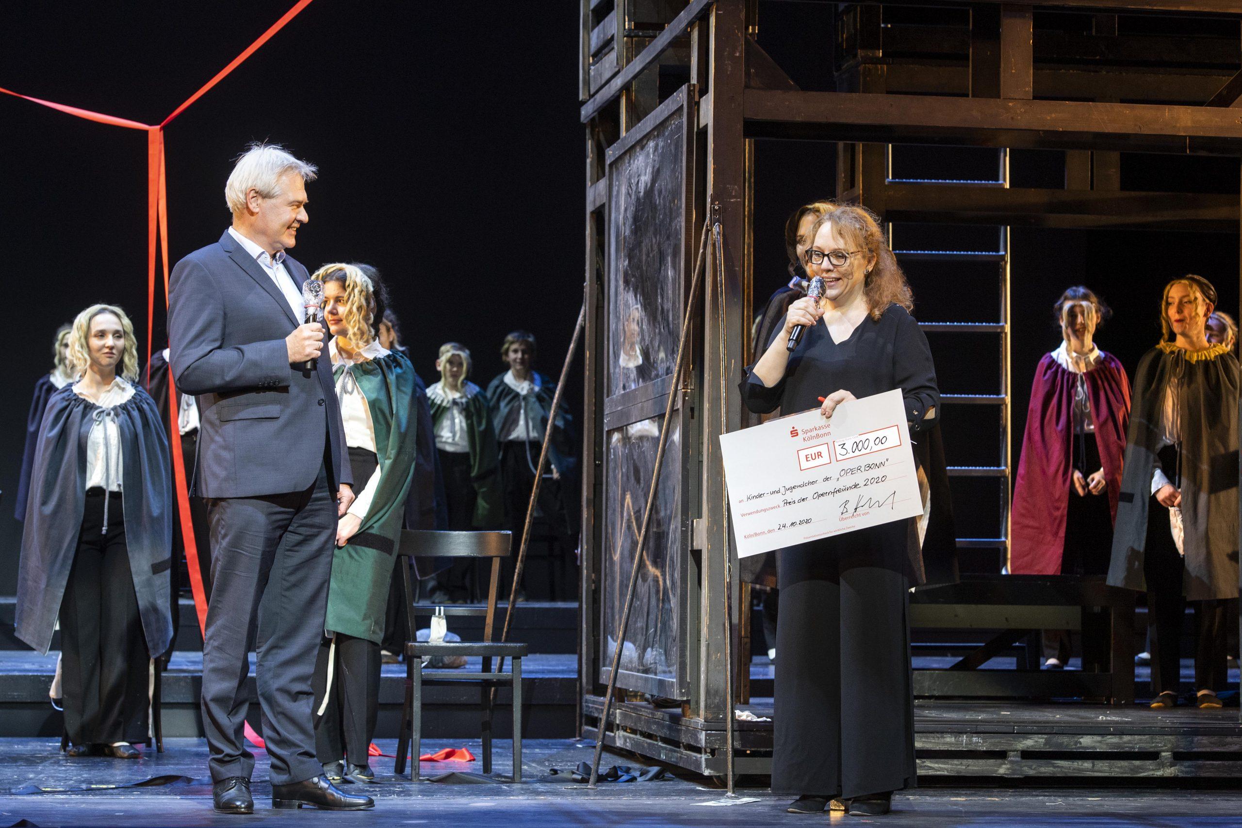 Auszeichnung mit dem Preis der Opernfreunde Bonn e.V.